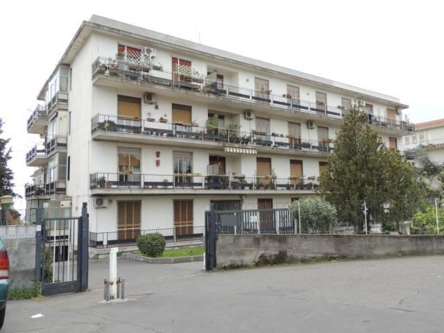 Appartamento in buone condizioni in vendita Rif. 7138041
