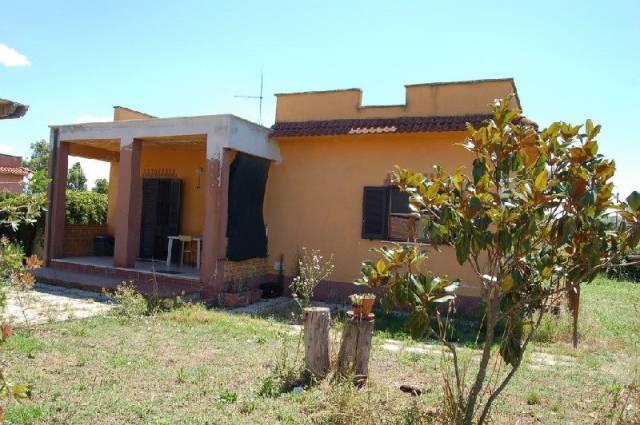 Casa Indipendente in buone condizioni in vendita Rif. 7136715