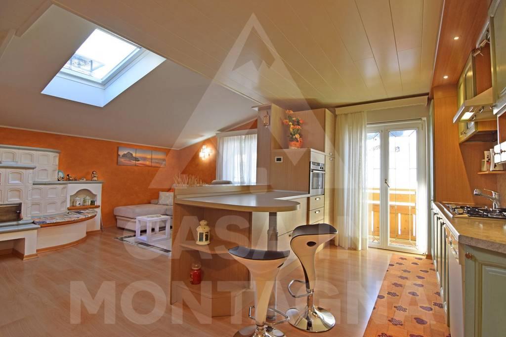 Appartamento in ottime condizioni arredato in vendita Rif. 5002542
