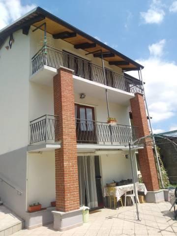 Villa in buone condizioni in vendita Rif. 7140841