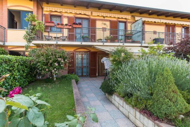 Appartamento in ottime condizioni in vendita Rif. 7138925