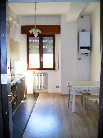 Appartamento in ottime condizioni arredato in vendita Rif. 7141186