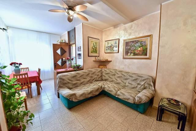 Appartamento in Vendita a Paderno Dugnano: 2 locali, 55 mq