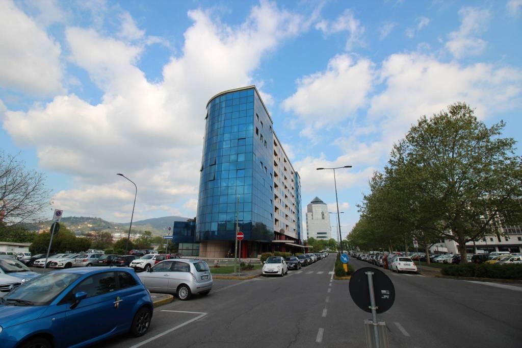 Ufficio 5 locali in vendita a Brescia (BS)