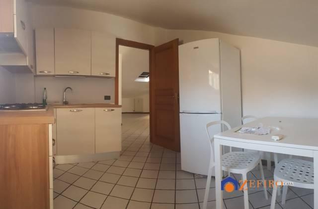 Appartamento in Affitto a San Giovanni In Persiceto Centro: 2 locali, 90 mq