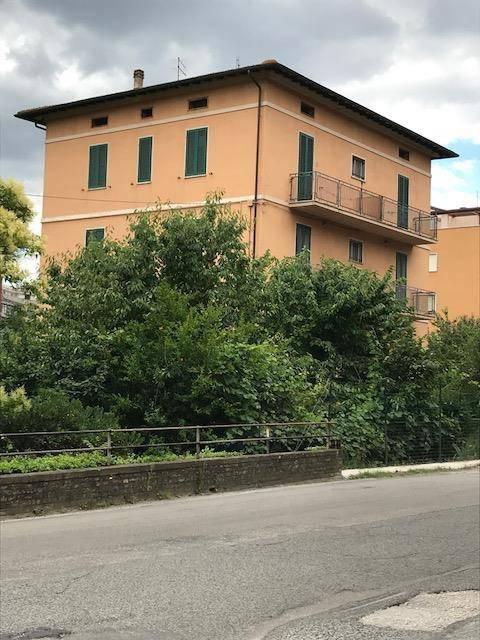 Appartamento in Vendita a Perugia Periferia Est: 4 locali, 100 mq