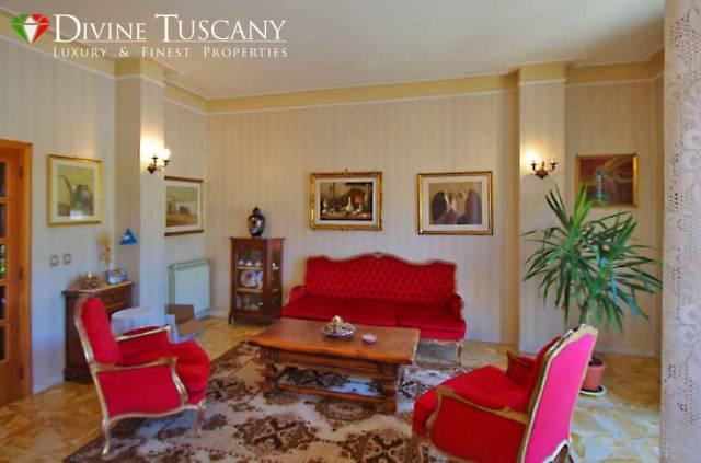 Appartamento in buone condizioni in vendita Rif. 7135473