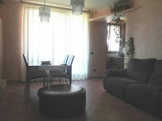 Appartamento in ottime condizioni in vendita Rif. 7138437