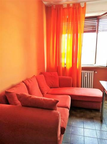 Appartamento in affitto a Novara, 2 locali, prezzo € 320   CambioCasa.it
