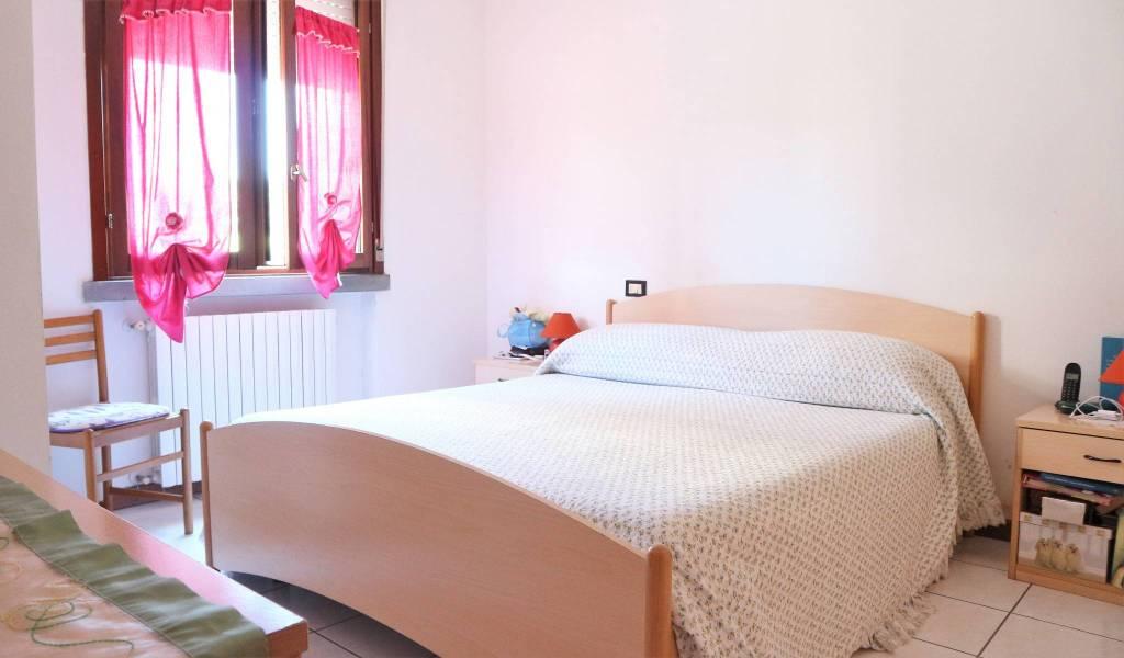 Appartamento in ottime condizioni arredato in affitto Rif. 7135640