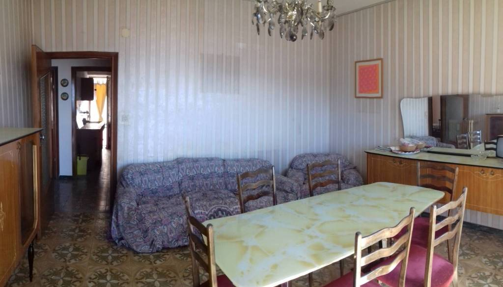 Appartamento da ristrutturare in vendita Rif. 8578332