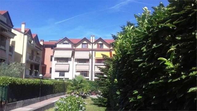 Appartamento in ottime condizioni in vendita Rif. 7147120