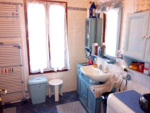 Appartamento in buone condizioni in vendita Rif. 7147873