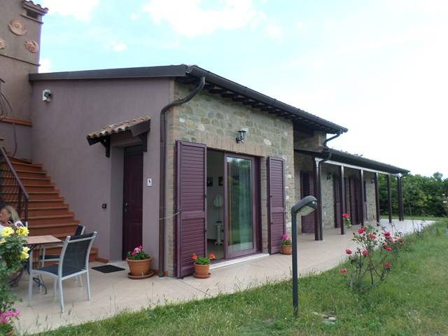 Villa in Vendita a Magione:  5 locali, 300 mq  - Foto 1