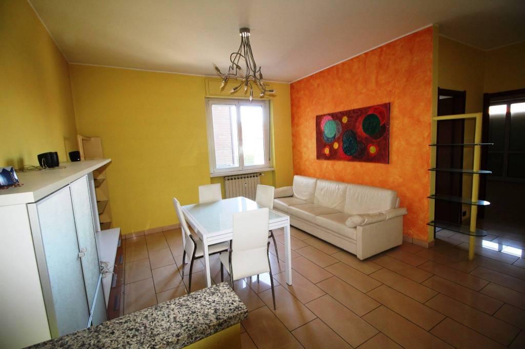 Appartamento in ottime condizioni arredato in vendita Rif. 7148026