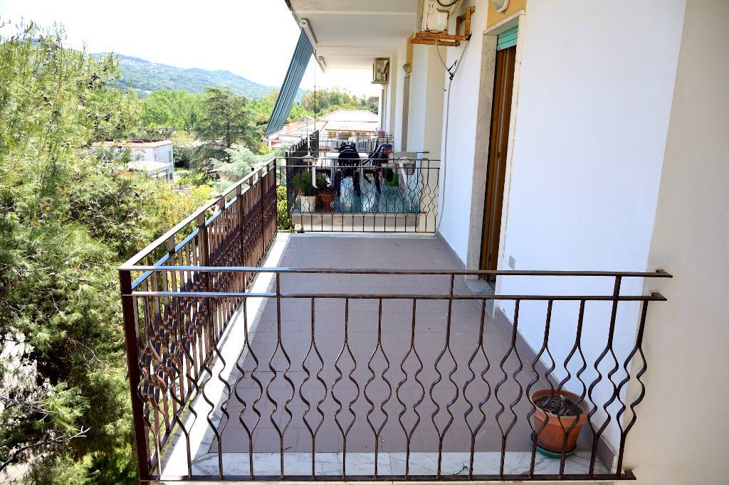 Appartamento in buone condizioni in vendita Rif. 7155475