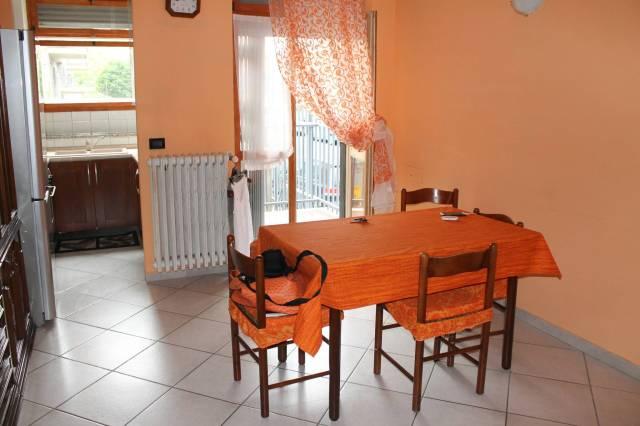 Appartamento in ottime condizioni arredato in affitto Rif. 7155410