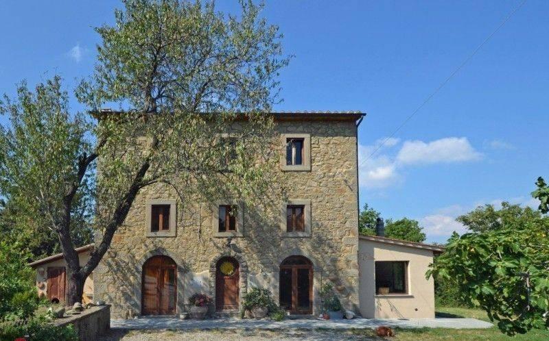 Rustico / Casale in ottime condizioni in vendita Rif. 7435268