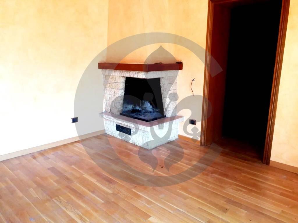 Appartamento con Terrazzo a Chiusi - Toscana