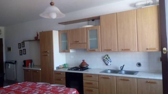 Appartamento in affitto a Rodigo, 2 locali, prezzo € 420 | CambioCasa.it