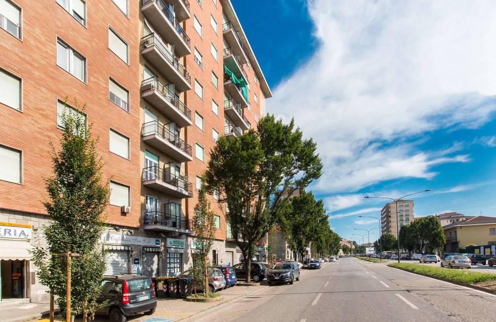Negozio in vendita Zona Barriera Milano, Falchera, Barca-Be... - corso Vercelli 238 Torino