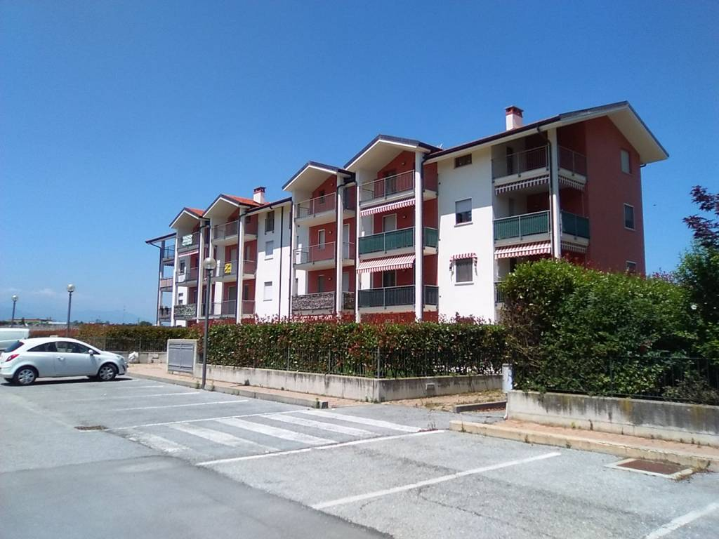 Appartamento in ottime condizioni in vendita Rif. 7160713