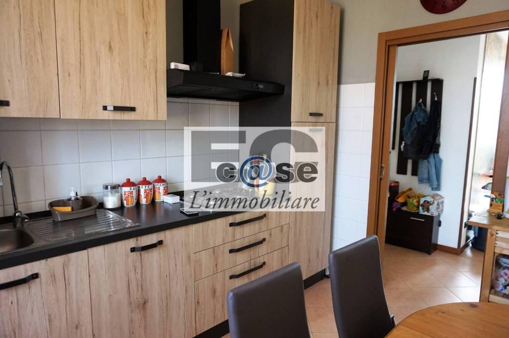 Appartamento in vendita via Roma Besana in Brianza