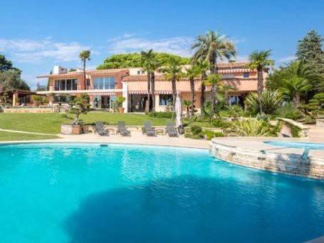 Villa in Vendita a :  5 locali, 555 mq  - Foto 1