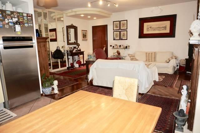 Appartamento in ottime condizioni in vendita Rif. 7162044