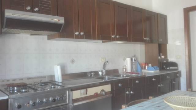 Appartamento in ottime condizioni parzialmente arredato in vendita Rif. 7161347