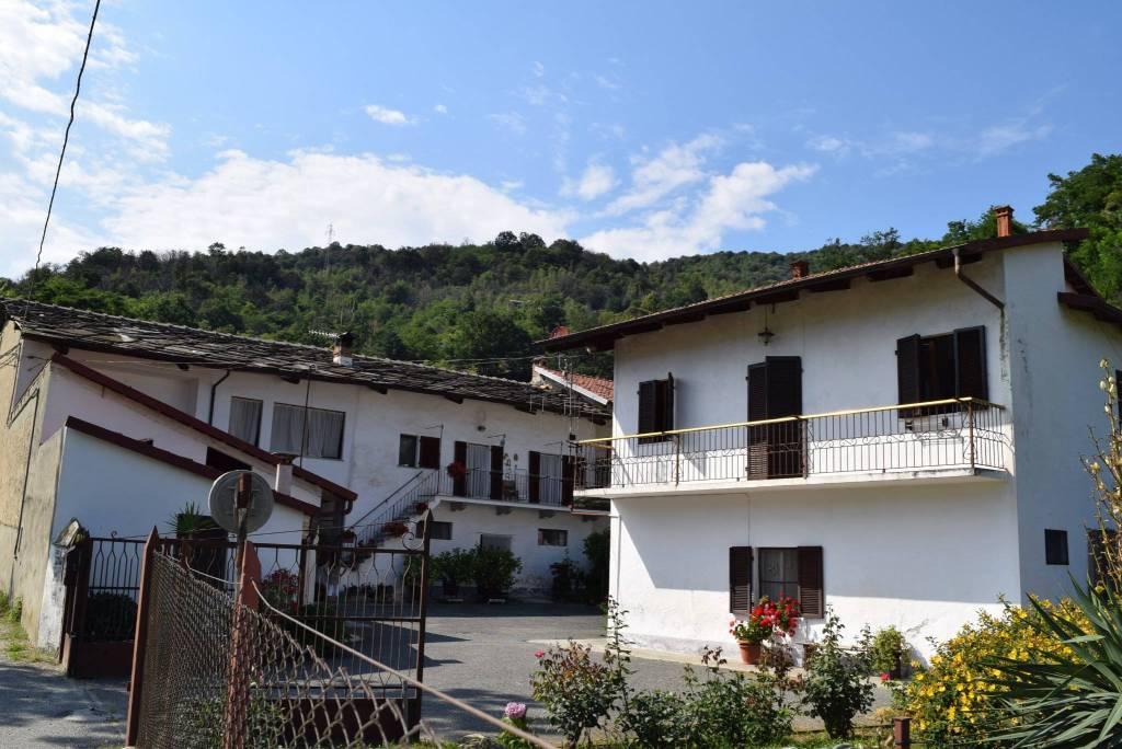 Foto 1 di Rustico / Casale via Vecchia della Valle, Revello
