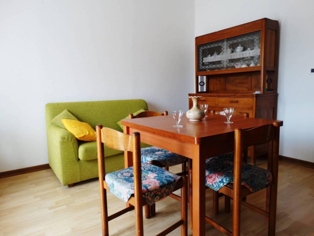 Appartamento in buone condizioni in vendita Rif. 8744839