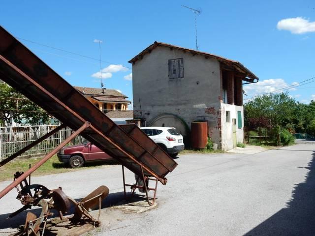 Rustico / Casale in Vendita a Magliano Alpi