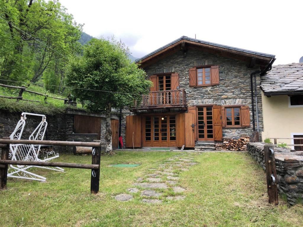 Foto 1 di Villa Frazione Rey, Ollomont