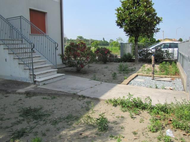 Appartamento in buone condizioni in vendita Rif. 7160540