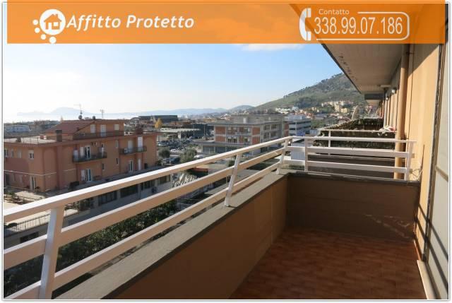 Appartamento in buone condizioni in affitto Rif. 7162293