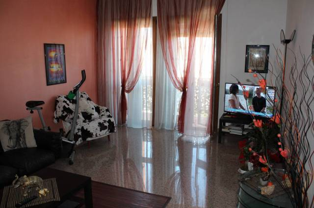 Appartamento di circa 100mq al terzo piano