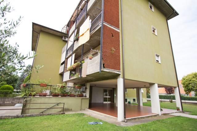 Appartamento in buone condizioni in vendita Rif. 7175539