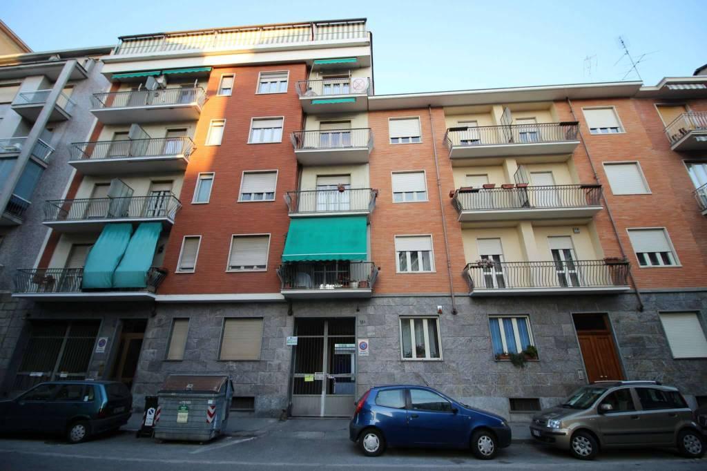 Foto 1 di Box / Garage via Pallanza 18, Torino (zona Vanchiglia, Regio Parco)