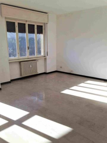 Appartamento in buone condizioni in affitto Rif. 7171310