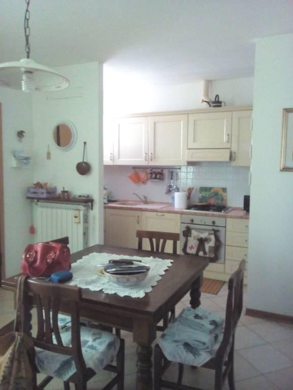 Appartamento in ottime condizioni in vendita Rif. 7813619