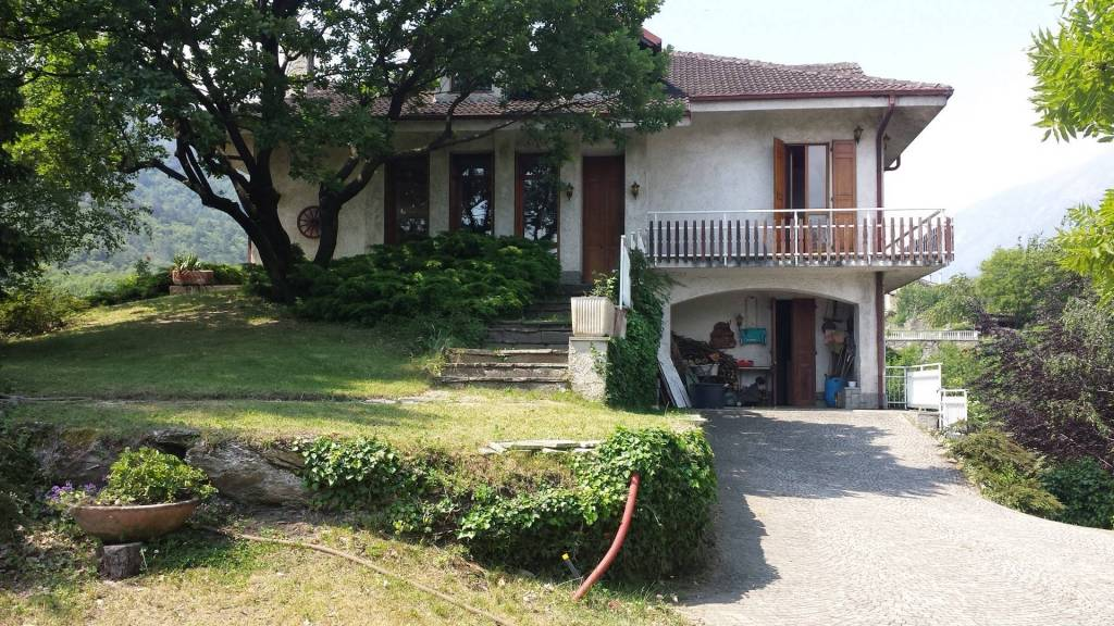 Villa in vendita a Gravere, 5 locali, prezzo € 240.000 | CambioCasa.it