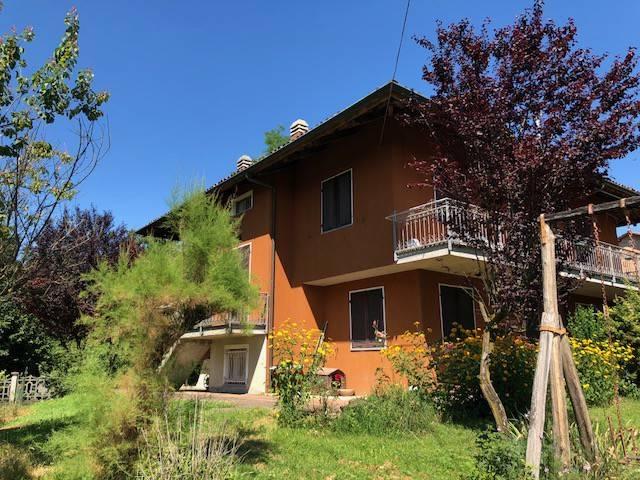 Villa in vendita a Montafia, 6 locali, prezzo € 230.000 | CambioCasa.it