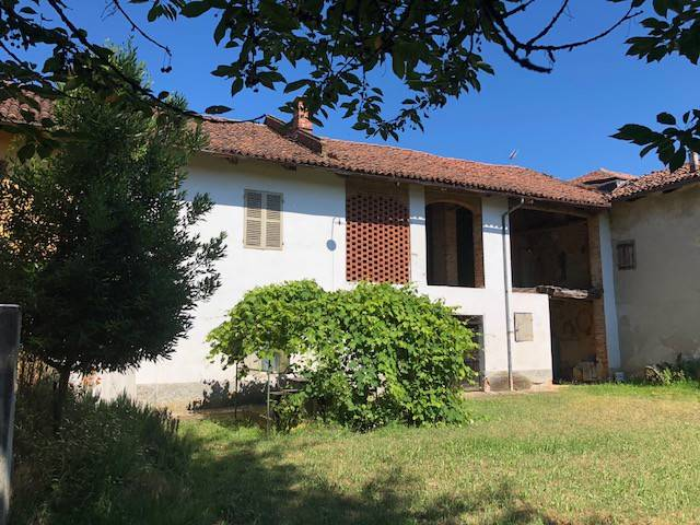 Rustico / Casale in vendita a Montafia, 6 locali, prezzo € 46.000 | CambioCasa.it