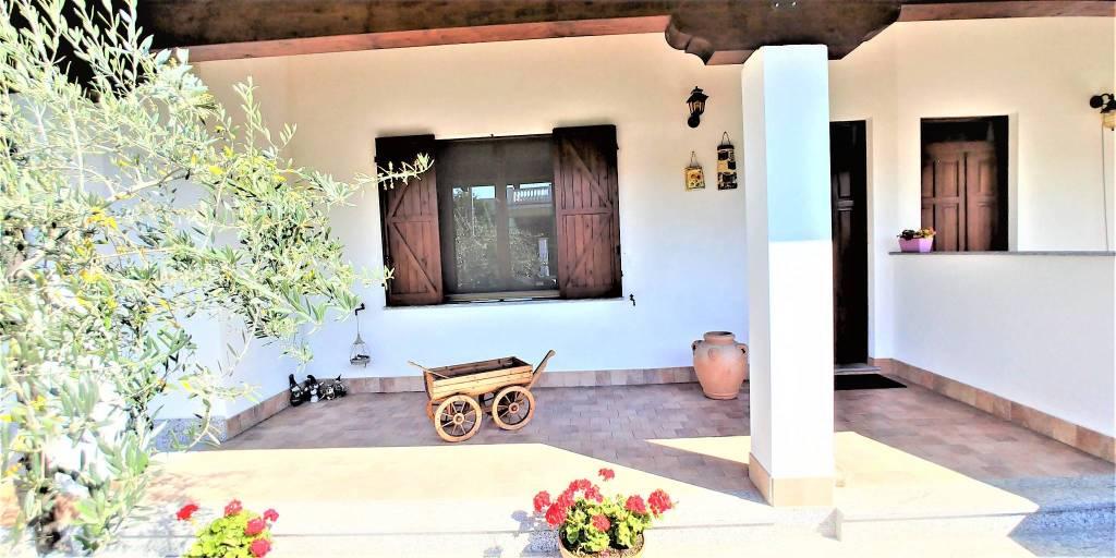 Villa in vendita a Caresanablot, 6 locali, prezzo € 280.000 | PortaleAgenzieImmobiliari.it