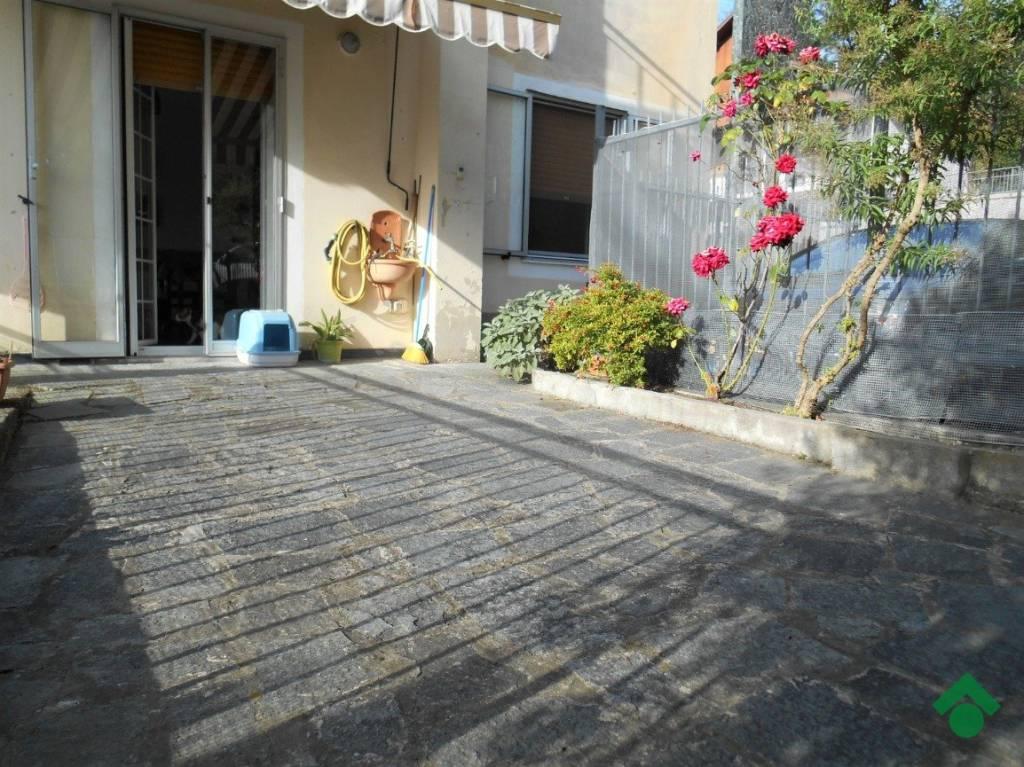 Appartamento in ottime condizioni in vendita Rif. 9179082