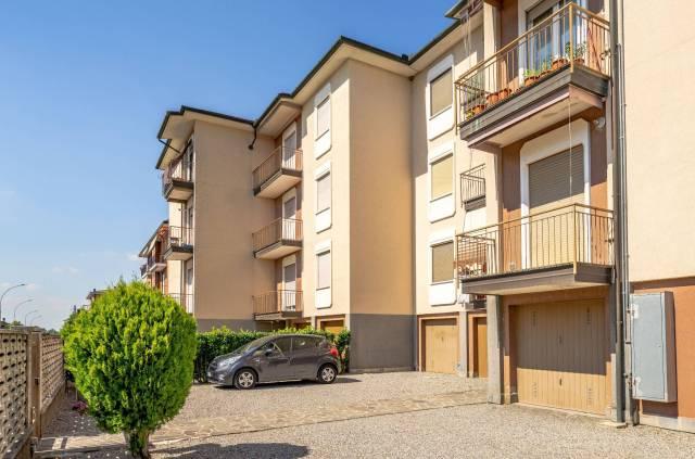 Appartamento in buone condizioni in affitto Rif. 7170386