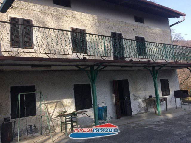Rustico / Casale da ristrutturare in vendita Rif. 7325959