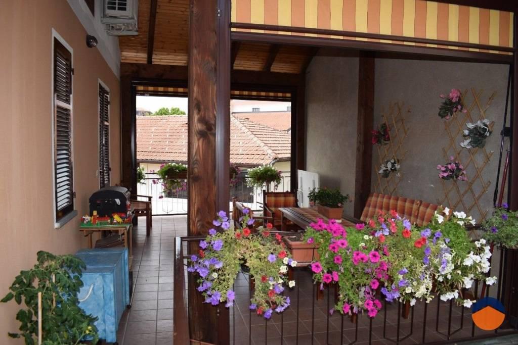 Villa in buone condizioni in vendita Rif. 9226246