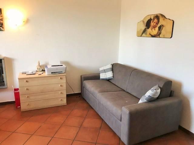 Appartamento in ottime condizioni arredato in affitto Rif. 7175583